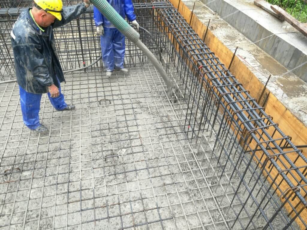 2020_11月21日_基礎版混凝土澆築、混凝土坍度、氯離子含量及試體製作 1